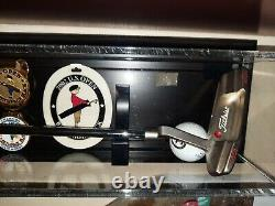Titleist Scotty Cameron Tiger Woods Bethpage Black US Open Putter Wall Display